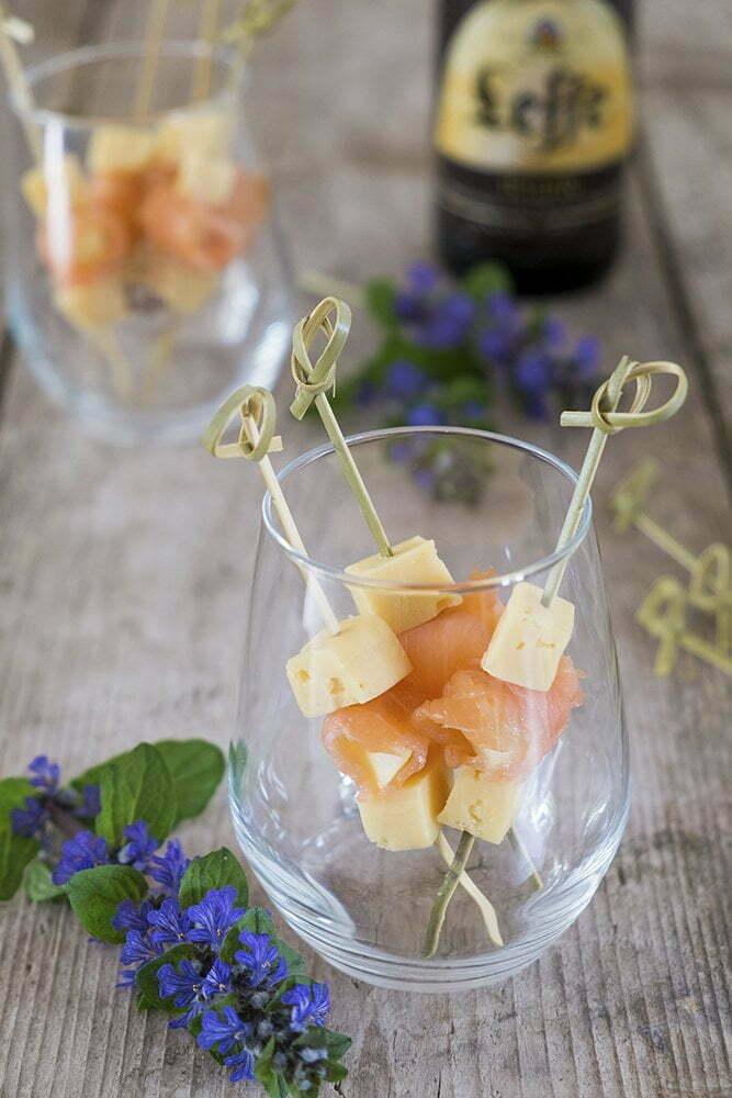 Borrelhapje met Pavé à la Leffe , meloen en zalm