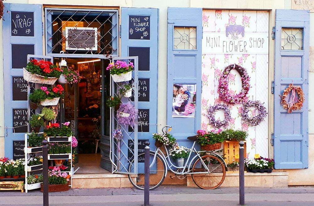 schattig bloemenzaakje in Boedapest foto van chicamoms