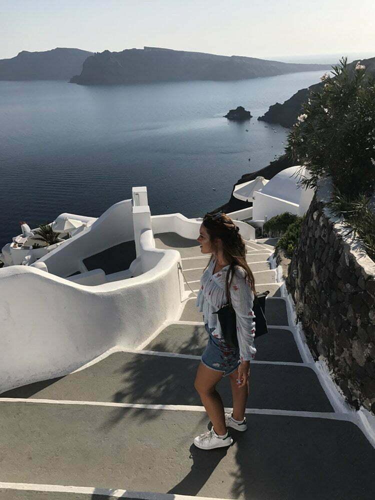 Sanne in Santorini