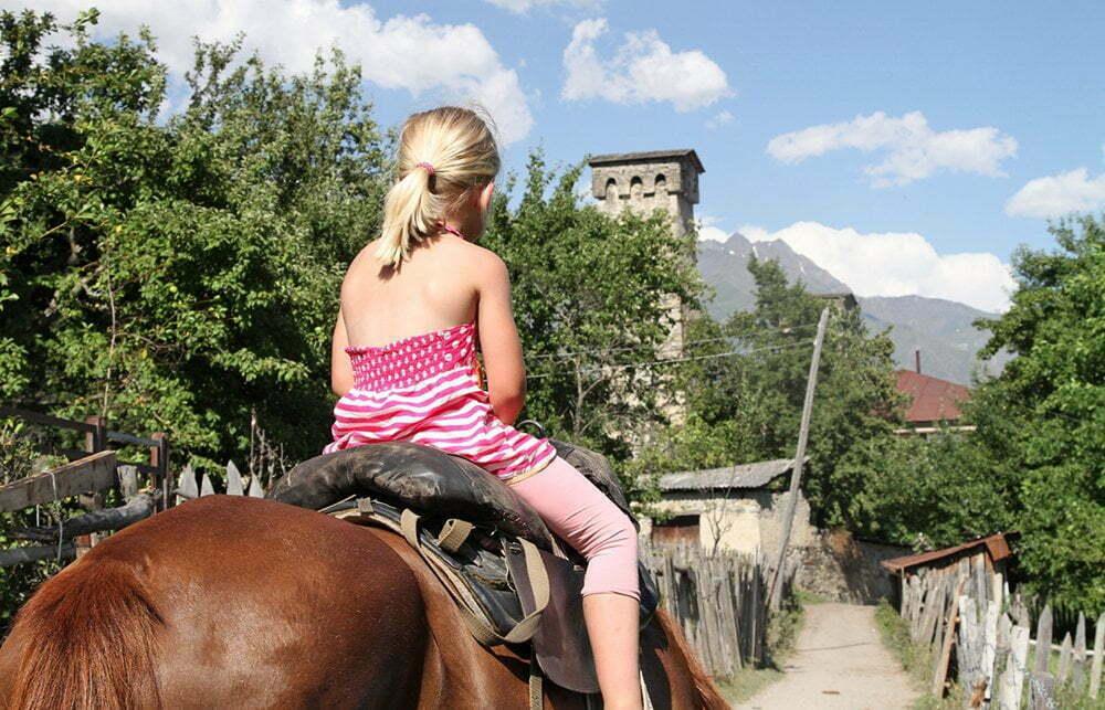 Yvonne paardrijden Georgië