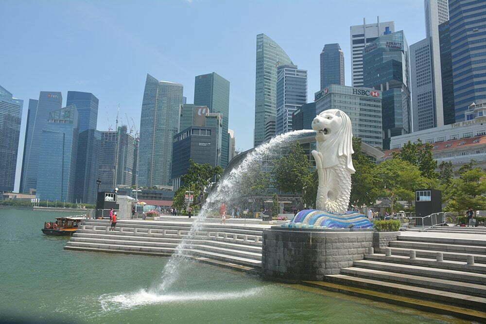 Linda: singapore
