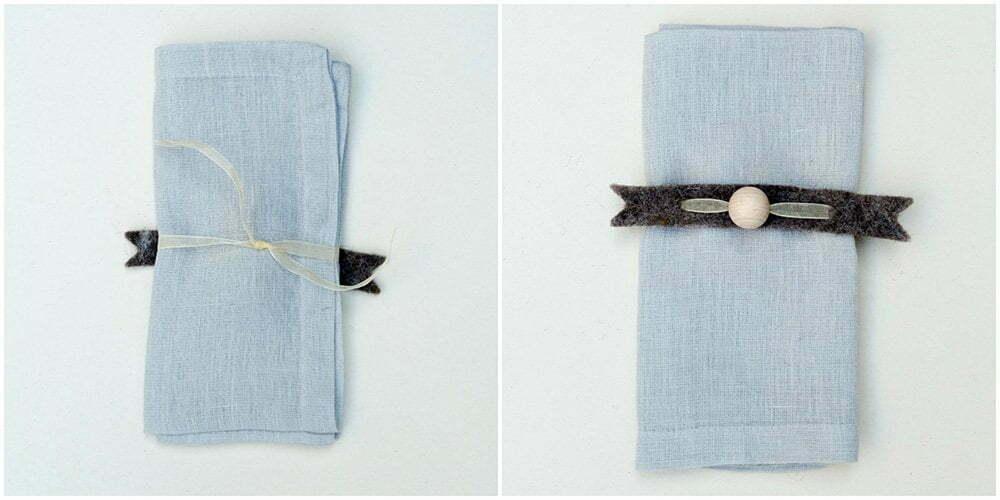 Maak aan de achterkant van het servet het lint vast aan elkaar. Draai je servet om en leg het op je bord.