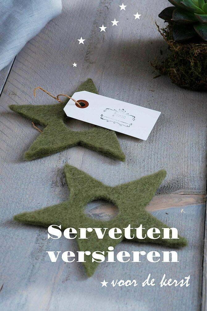 Servetten versieren voor de kerst - Tafel dekken