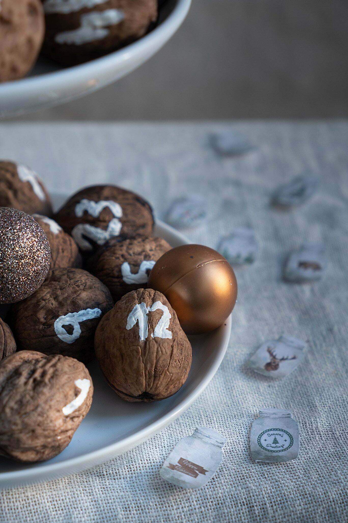 Adventskalender zelf maken met walnoten