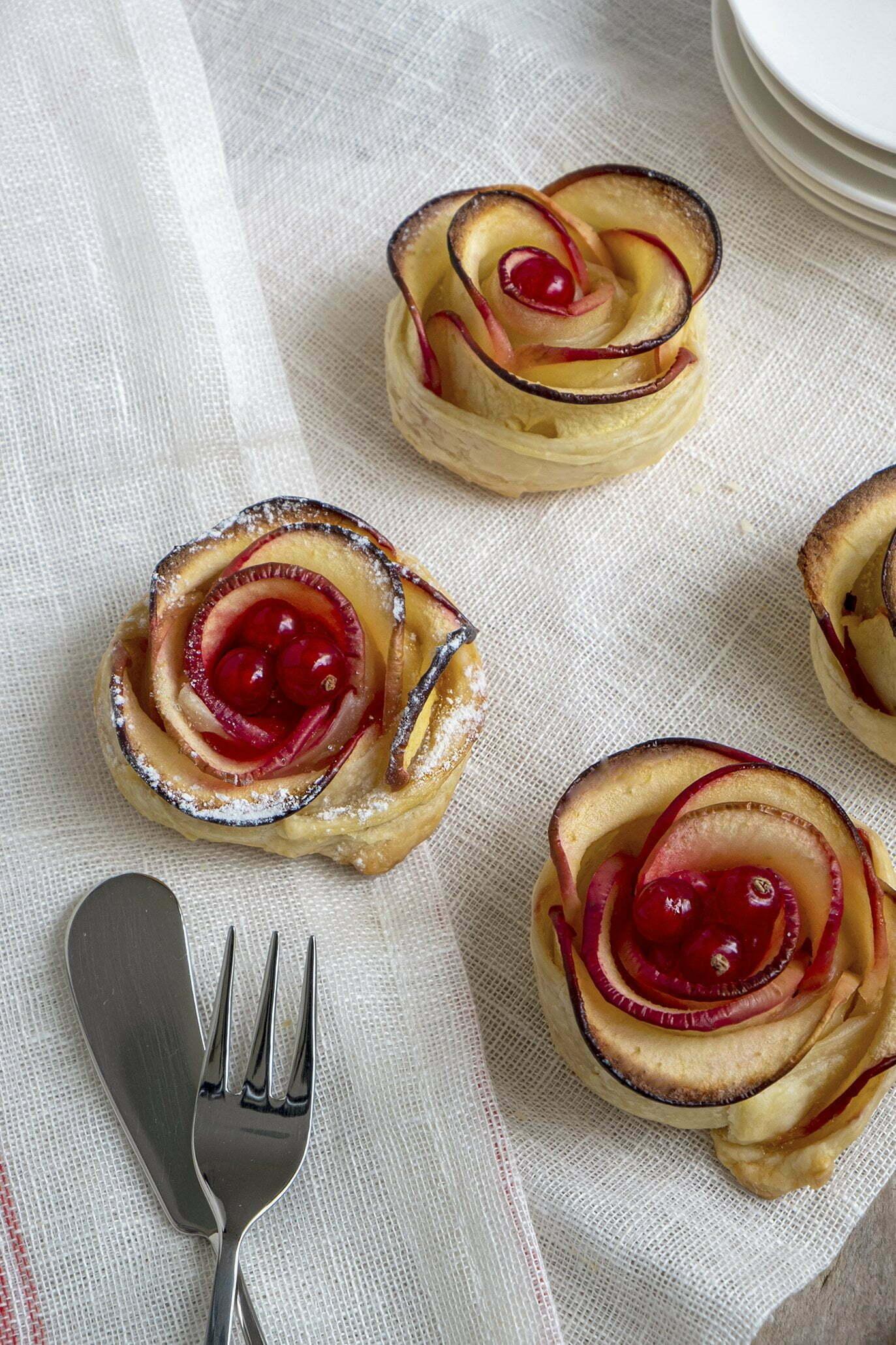 Appelroosjes met rode bessen