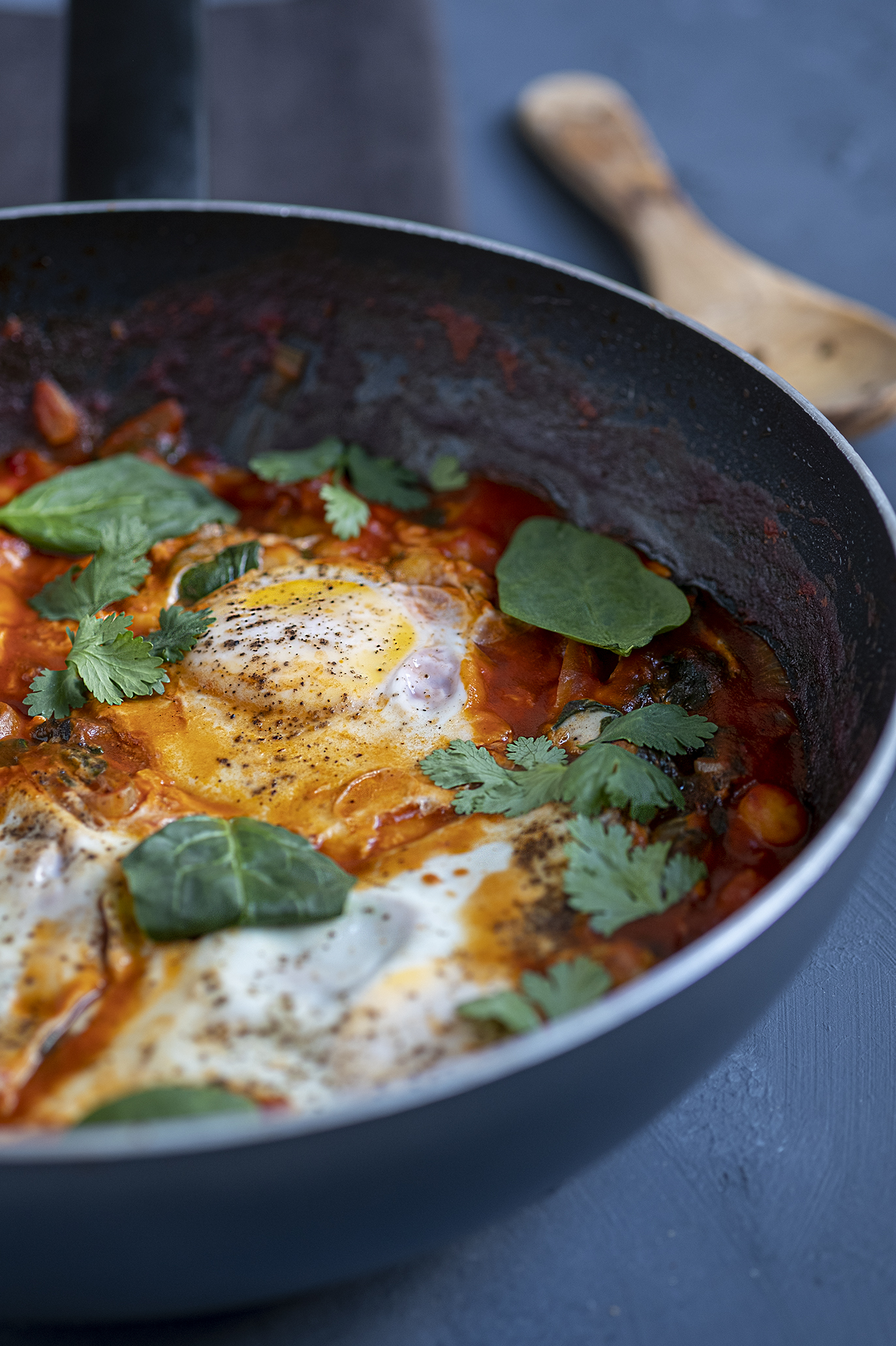 Eieren met kikkererwten
