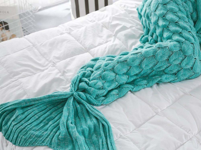 Mermaid Blanket Knitted