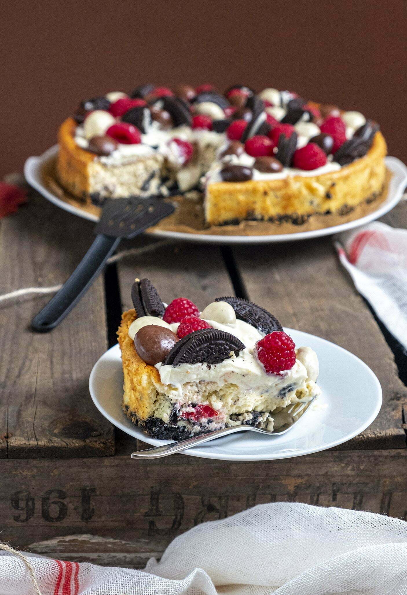 Oreo cheesecake met frambozen en pepernoten