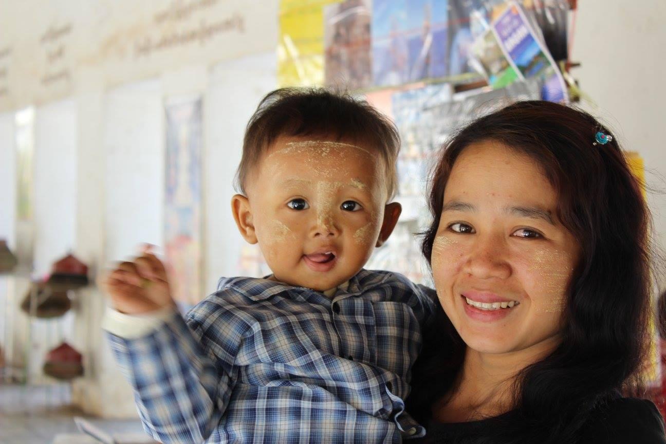 Mooiste foto - foto moeder met kind Myanmar
