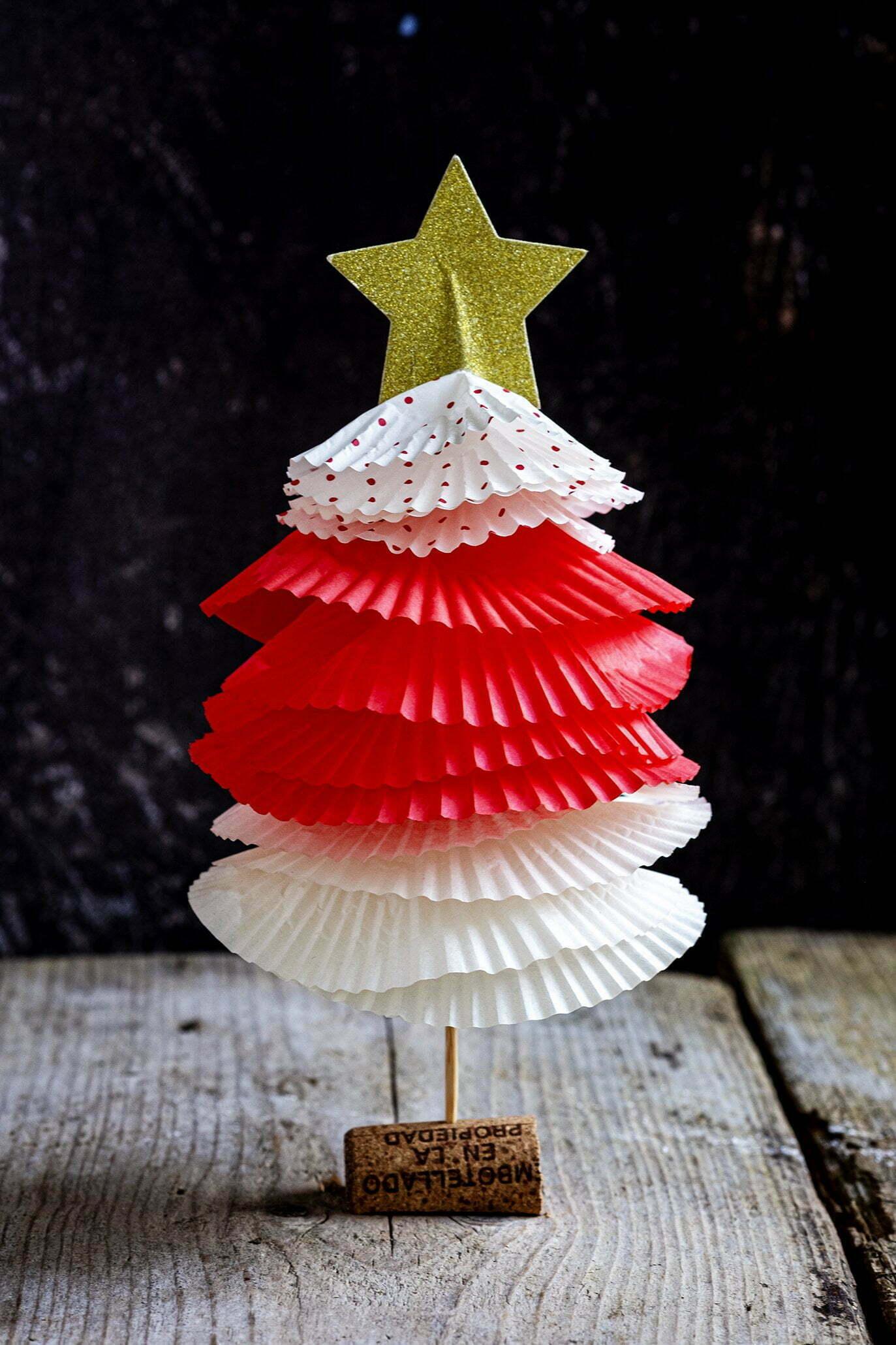Kerstboompjes van bakvormen Papier