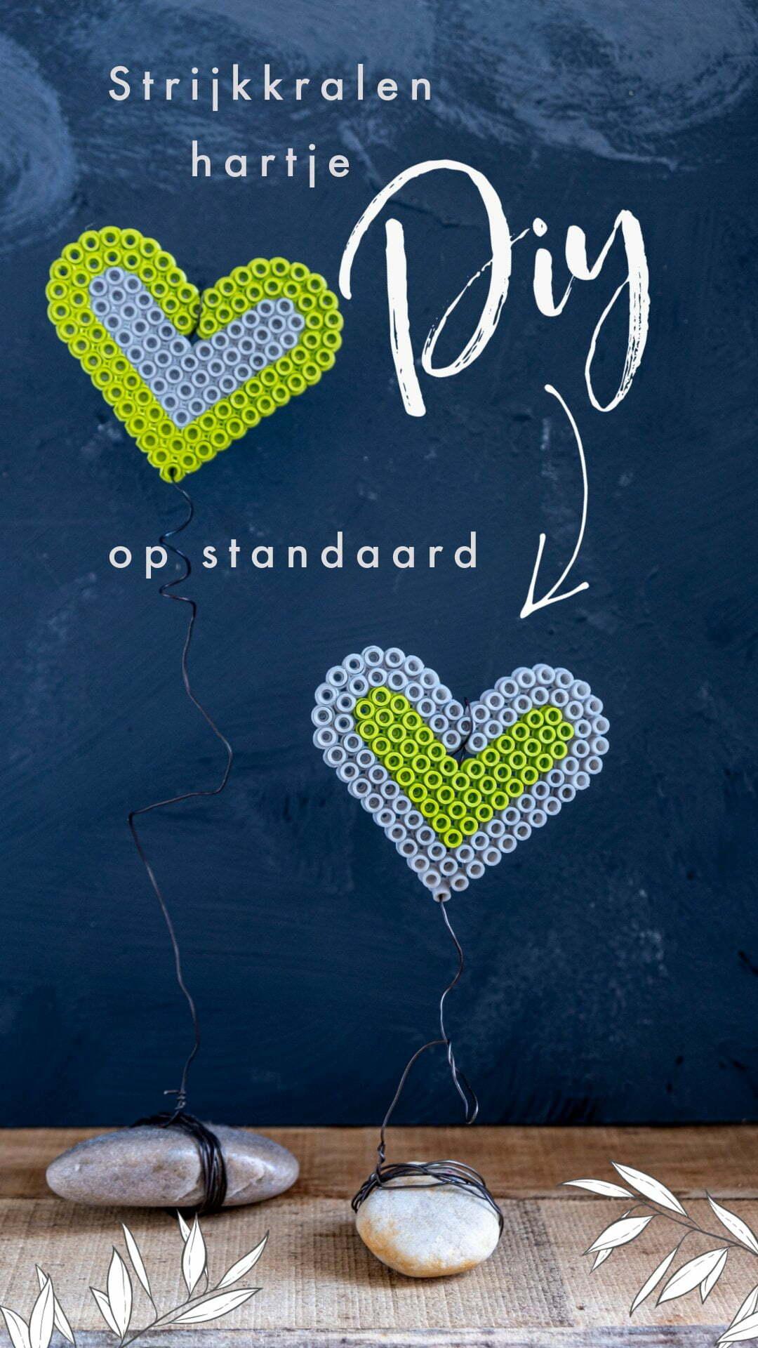 Pin: Strijkkralen hartje op standaard