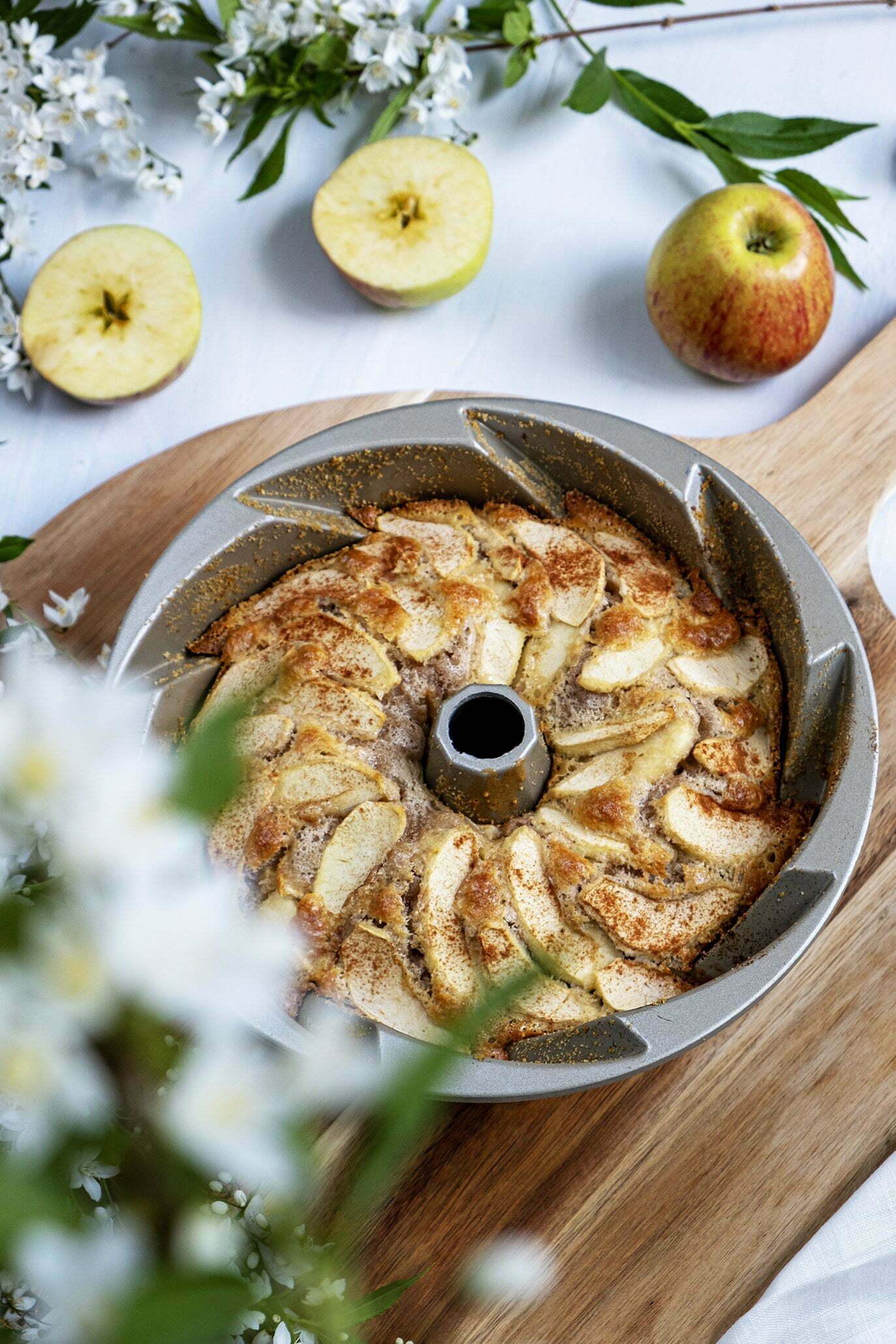 Appeltaart met noten; Portugees recept