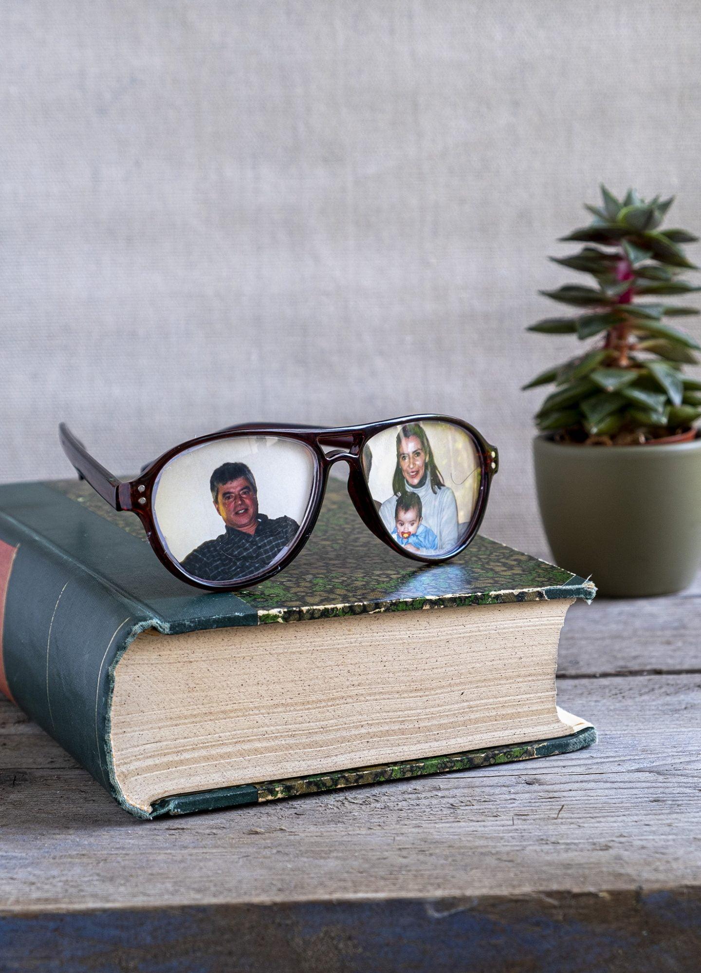 Oude bril recyclen als accessoires met foto's