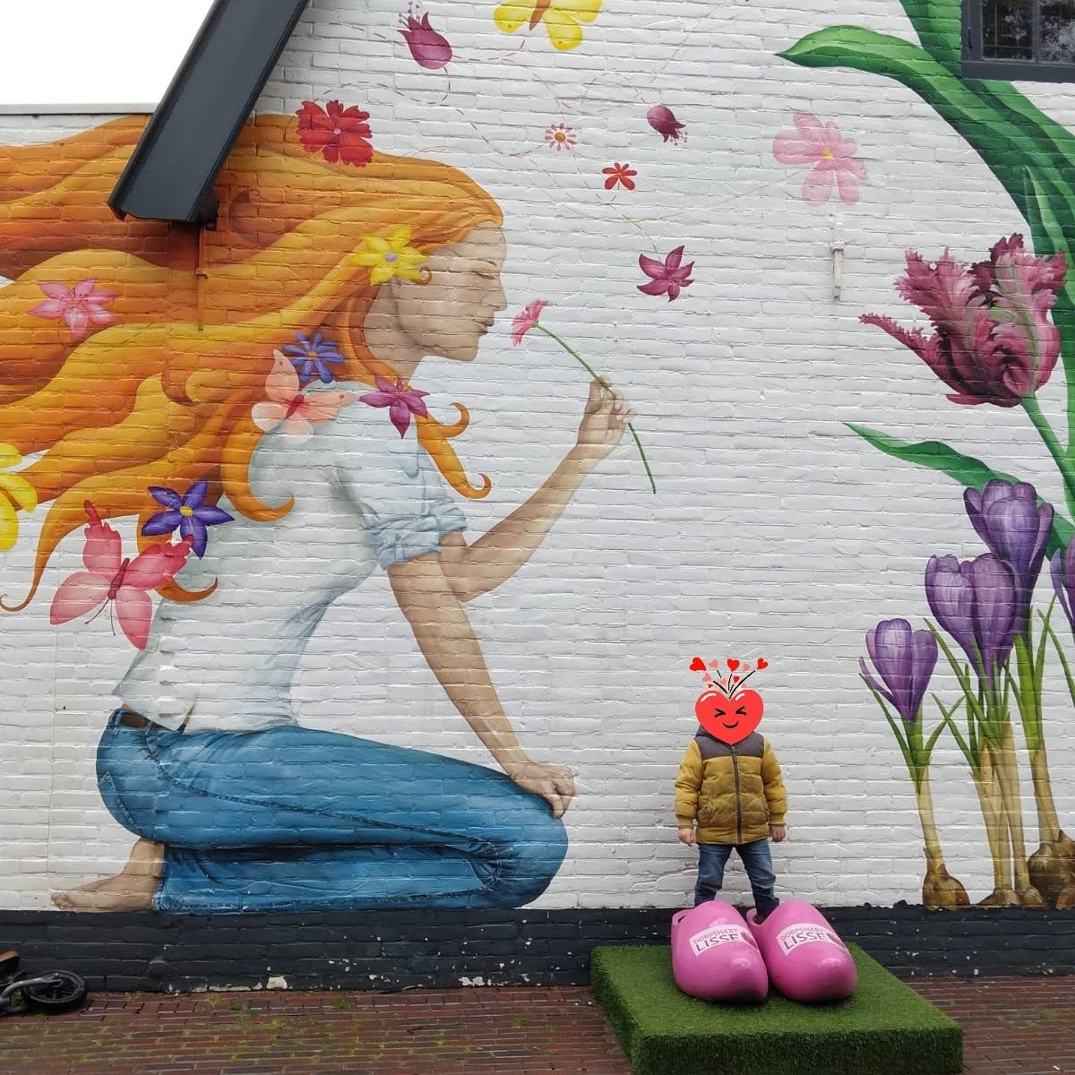 Lisse; Mooie muurschildering middenin ons winkelcentrum