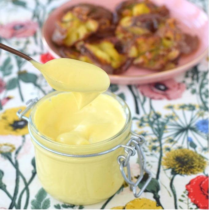 Anniepannie: Mayonaise van koolzaadolie / Wat je allemaal kunt doen met een glazen potje